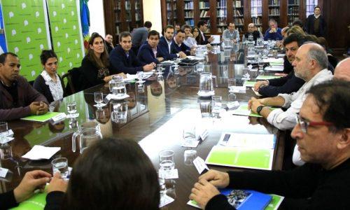 Por la crisis del sector productivo, el grupo Produce Ba se reunió con el ministro de Producción