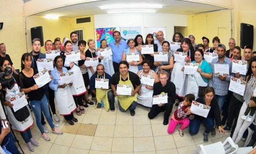 Escobar Emprende: se entregaron 51 nuevos kits de herramientas a trabajadores de la economía social