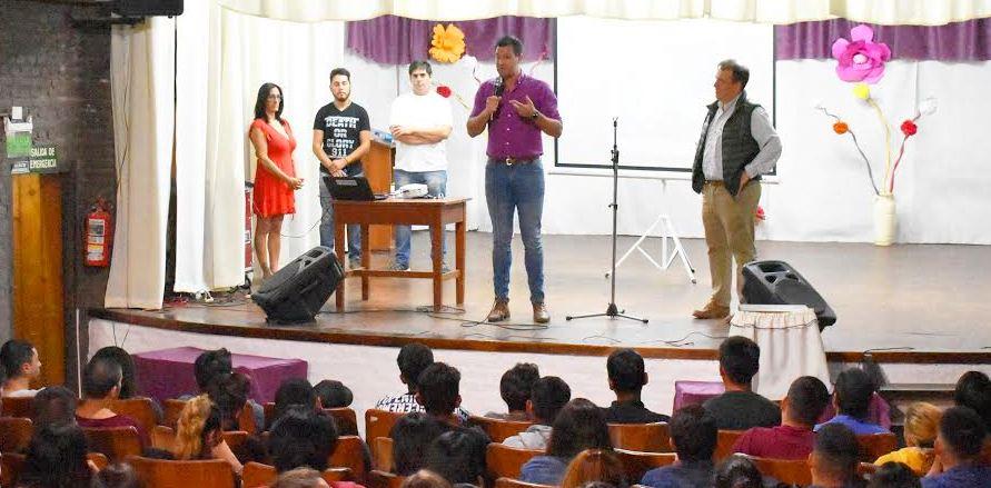 Cambiemos: más de 300 jóvenes se capacitan para tener más oportunidades