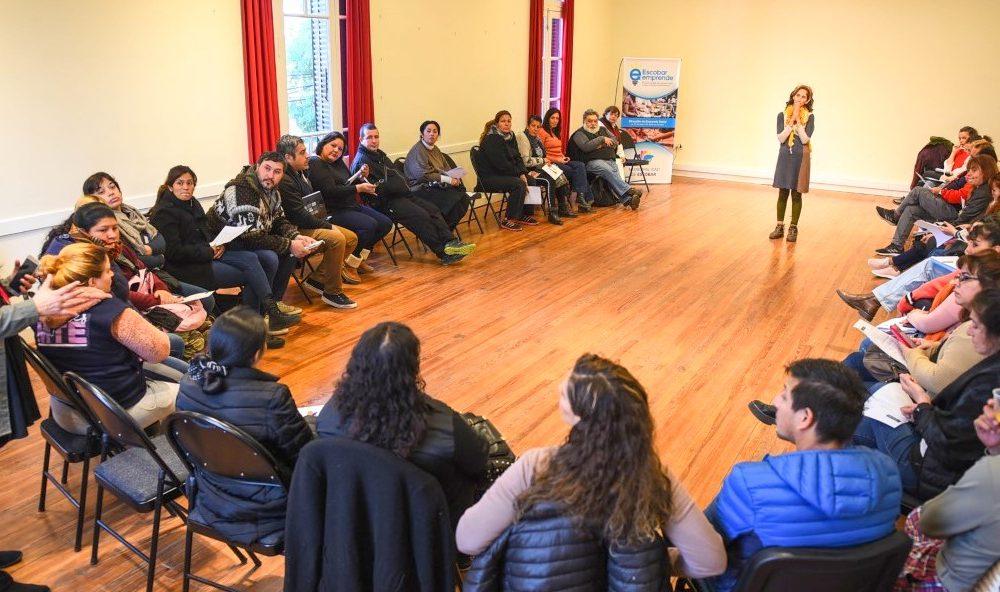 La Municipalidad de Escobar dictó un taller de comercialización  para emprendedores de la economía social