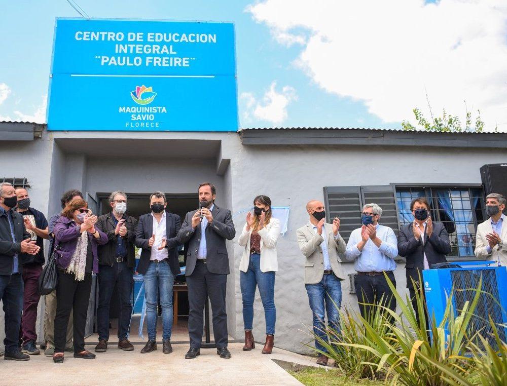 """En Maquinista Savio se inauguró el Centro Educativo Integral y de Oficios """"Paulo Freire"""" y el primer Punto Digital del distrito"""