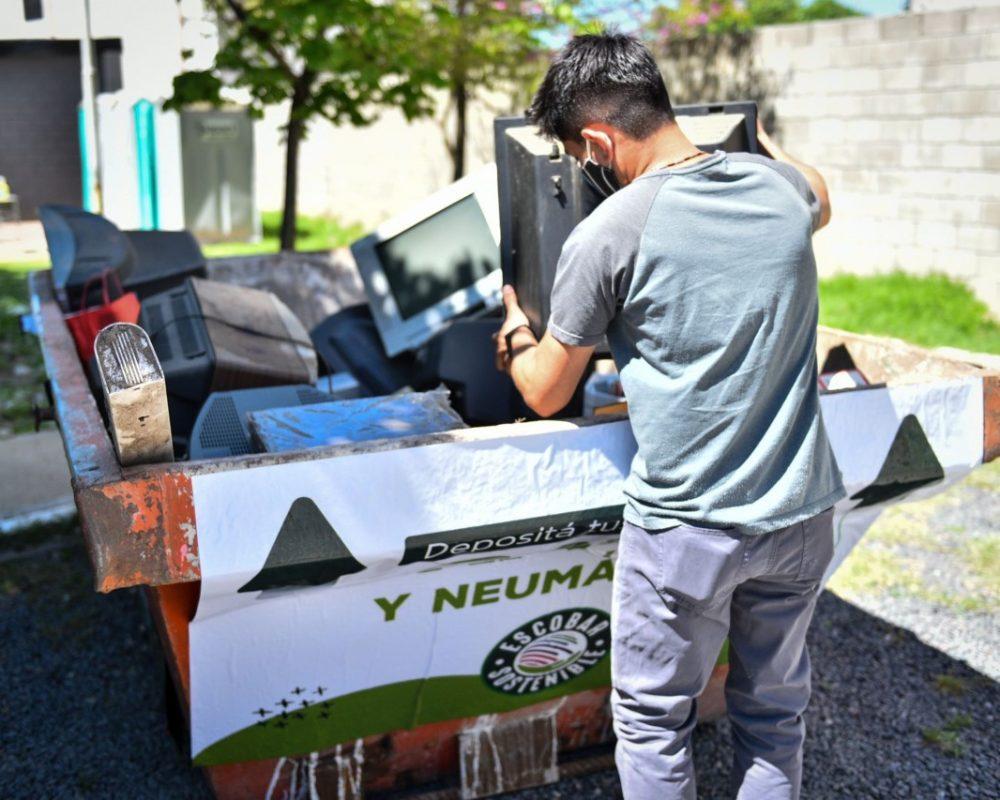 El Municipio organiza una nueva jornada de recolección de residuos de aparatos eléctricos y electrónicos (RAEE) en todo el distrito